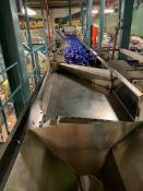 (Located in Burlington WI) Vibratory Feeding Conveyor. RIGGING FEE: $9000