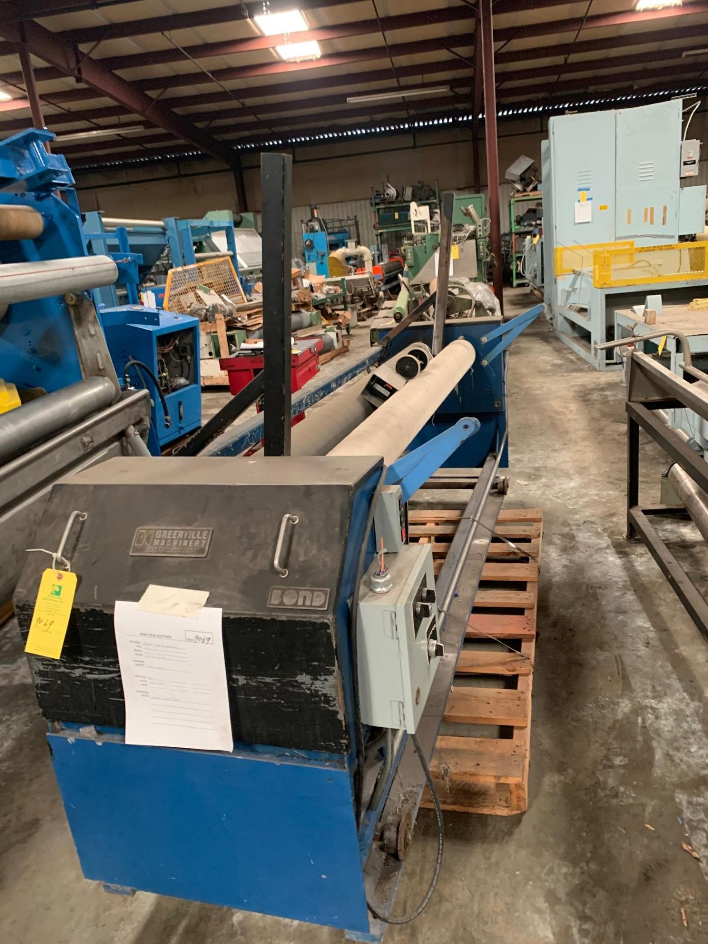 """Lot 21188 - Greenville Machinery Bond Roll Up Machine, Serial# 2379-16, Working Width 86"""", 208/230V, Rigging Fee"""