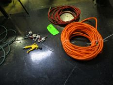 LOT OF 2 compressed air hose, 5 air nozzle gun ***Auctioneer Note*** -- $10 Removal & Loading Fee