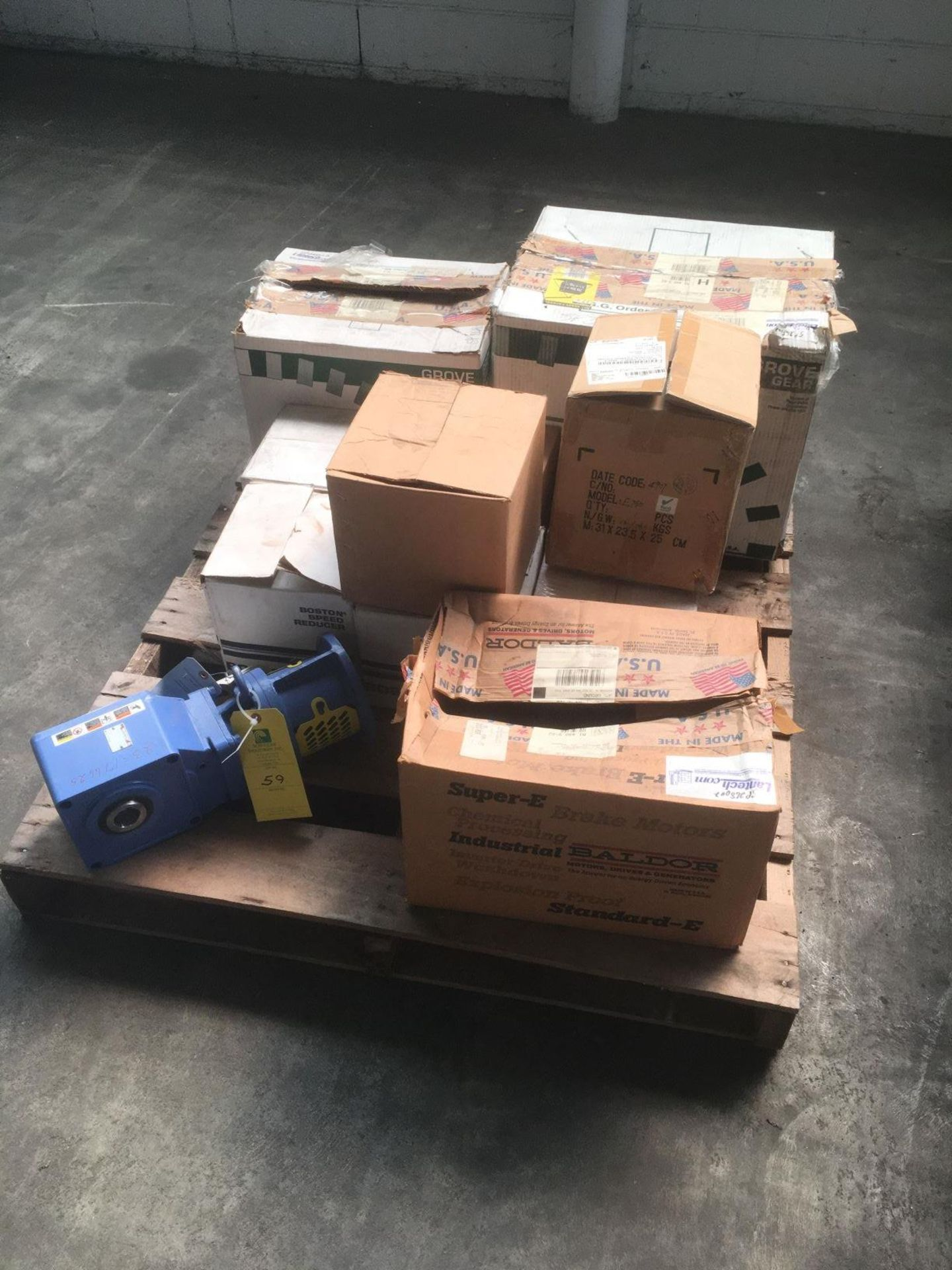 Lot of Misc Gear Reducers, Loading Fee $50