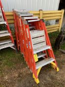 Step Ladders, 2', Qty 3, (Rigging & Loading: $25) (Located in Oelwein, IA)