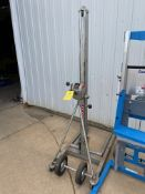 Vermette Lift, Model# 512M, 500 lb Capacity (Located in Oelwein, IA) (Rigging & Loading: $25)