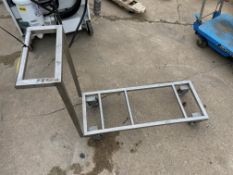 Stainless Steel Cart (Located in Oelwein, IA) (Rigging & Loading: $10)