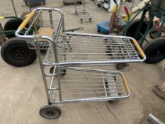 Shopping Style Cart (Located in Oelwein, IA) (Rigging & Loading: $10)