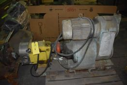 Waukesha Believed Model 60 Pump, SN 181474-96, Includes Motor & Reeves VS Drive