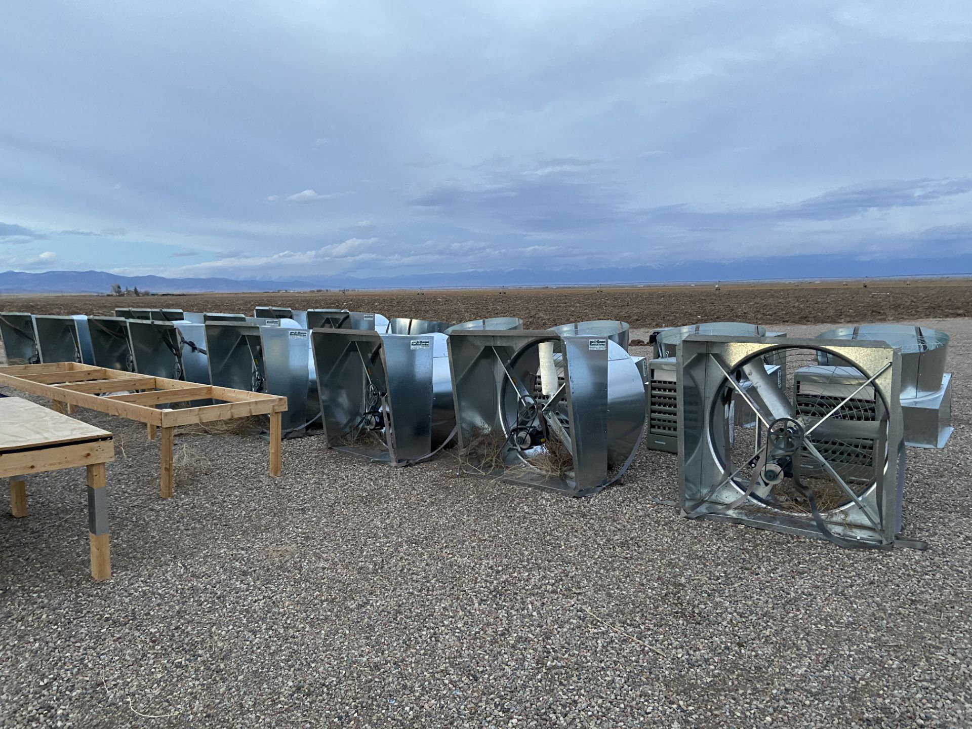Scenic Acres Greenhouse Mfg Greenhouse w/ Four Exhaust Fans and Two Heaters, 34' x 200' gothic hoop - Image 4 of 9