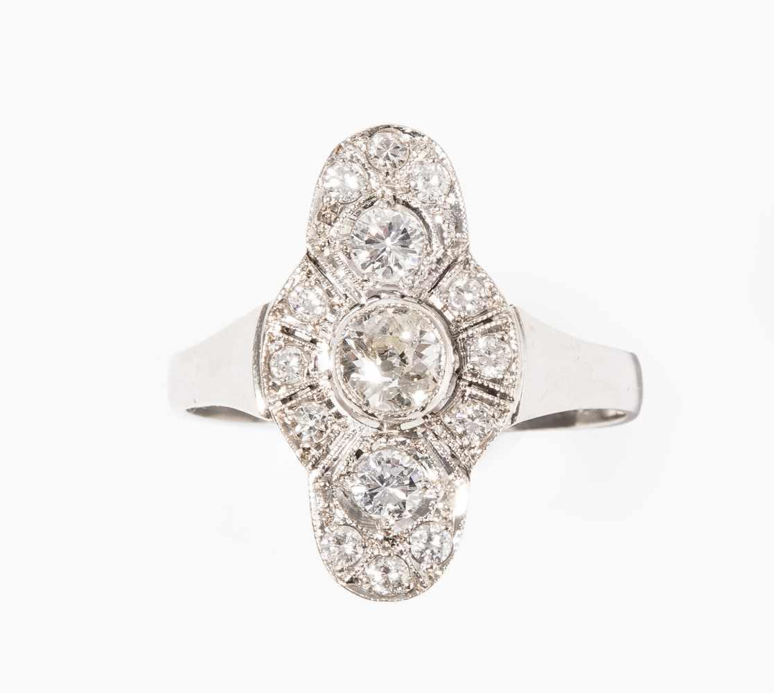 Lot 2019 - Art Déco Diamant-Ring<