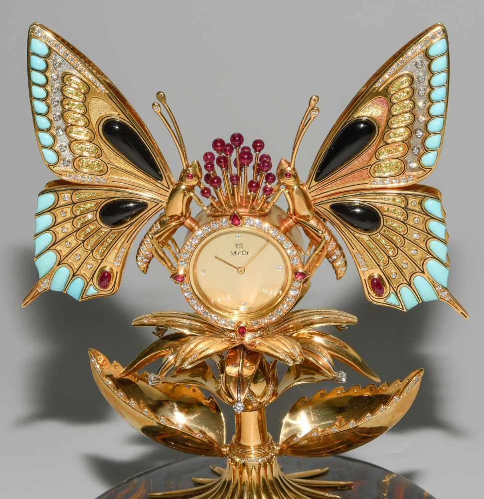 "Lot 212 - ""Butterfly""-Tischuhr"