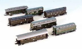 7 Personen- und Packwagen