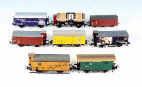 8 Güterwagen