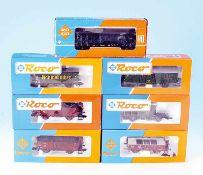 7 ROCO Güterwagen