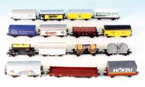 15 MÄRKLIN Güterwagen