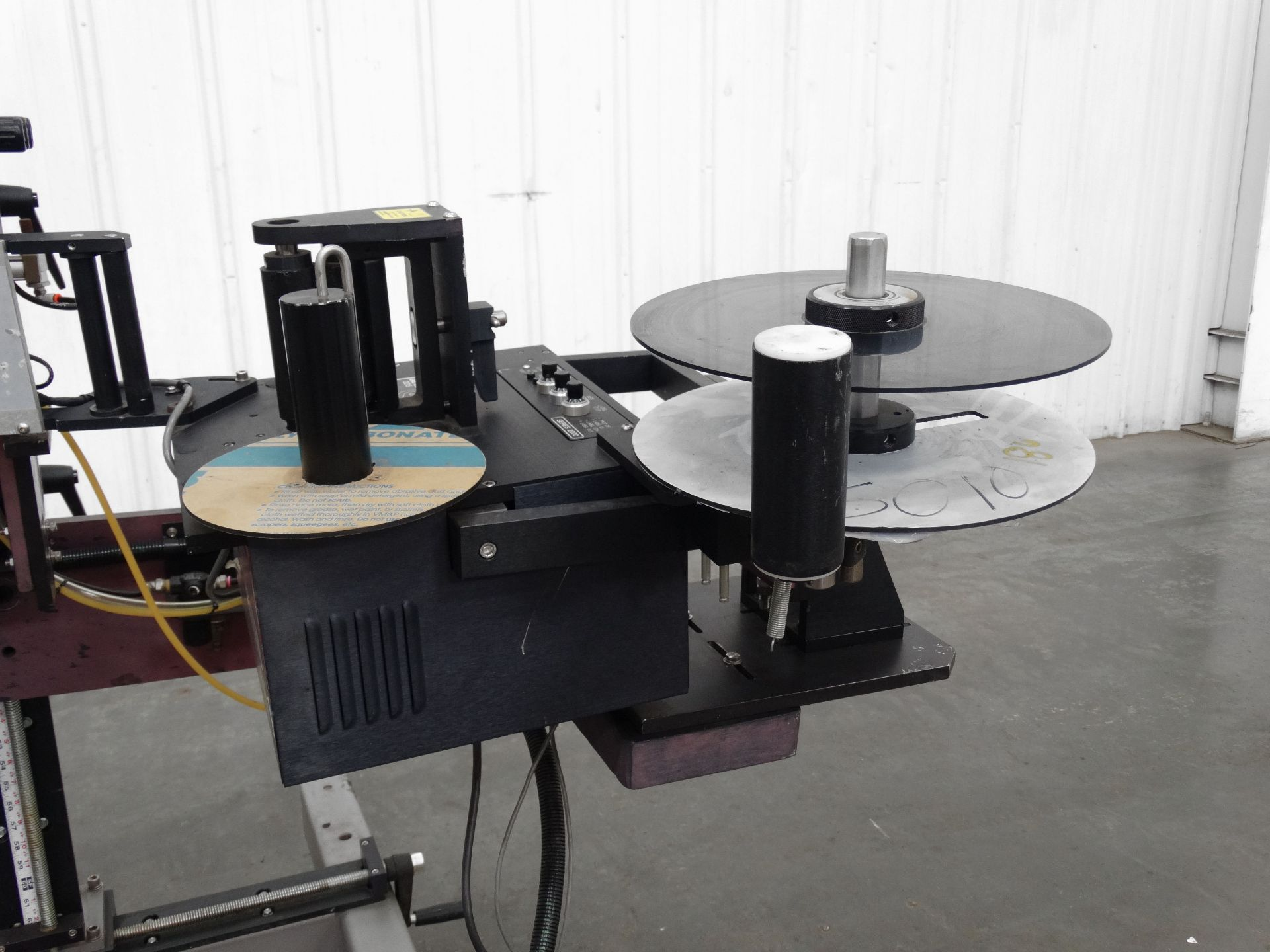 Lot 165 - Label-Aire 2015 Two Sided Case Labeling System B5140