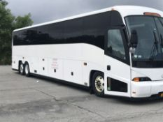2002 MCI MODEL J4500, 56 SEAT PASSENGER COACH BUS