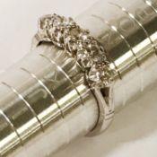 18CT WHITE GOLD 5 STONE DIAMOND RING