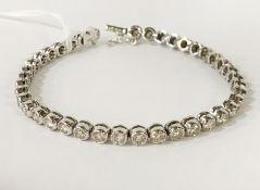 DIAMOND TENNIS BRACELET - APPROX 3CTS OF DIAMONDS
