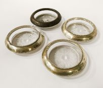 SET 4 SILVER & GLASS COASTERS