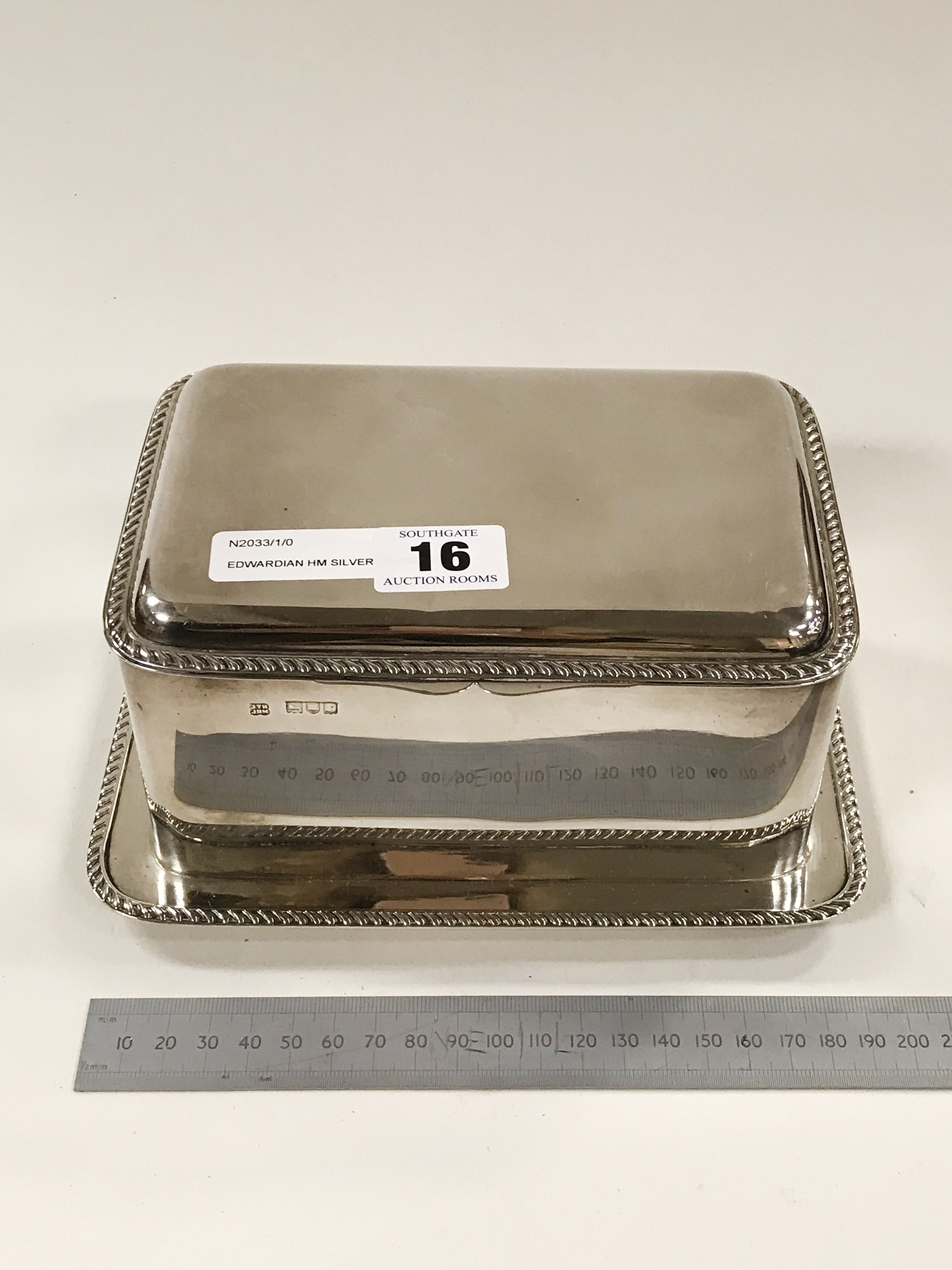 EDWARDIAN HM SILVER CASKET IN GREAT CONDITION - Image 2 of 5