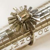 18CT GOLD DIAMOND SUNBURST BAGUETTE CUT SINGLE STONE RING - APPROX 1.60CT