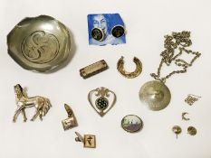 QTY OF SILVER JEWELLERY