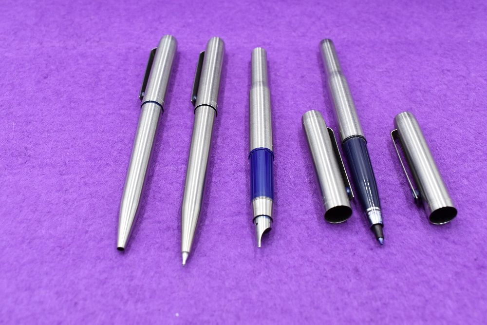 Lot 37 - A Parker 25 Flighter fountain pen fibre tip pen, ballpoint pen and propelling pencil in stainless