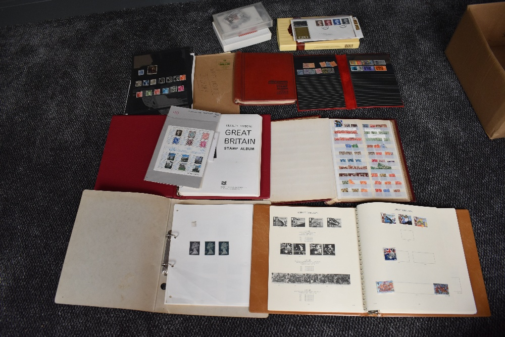 Lot 840 - A collection of mainly GB Stamps in albums and loose, mainly used