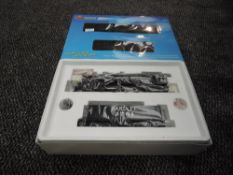 A Broadway Limited Blueline HO scale 4-8-4 Santa Fe Loco & Tender 3751, in original box 5158