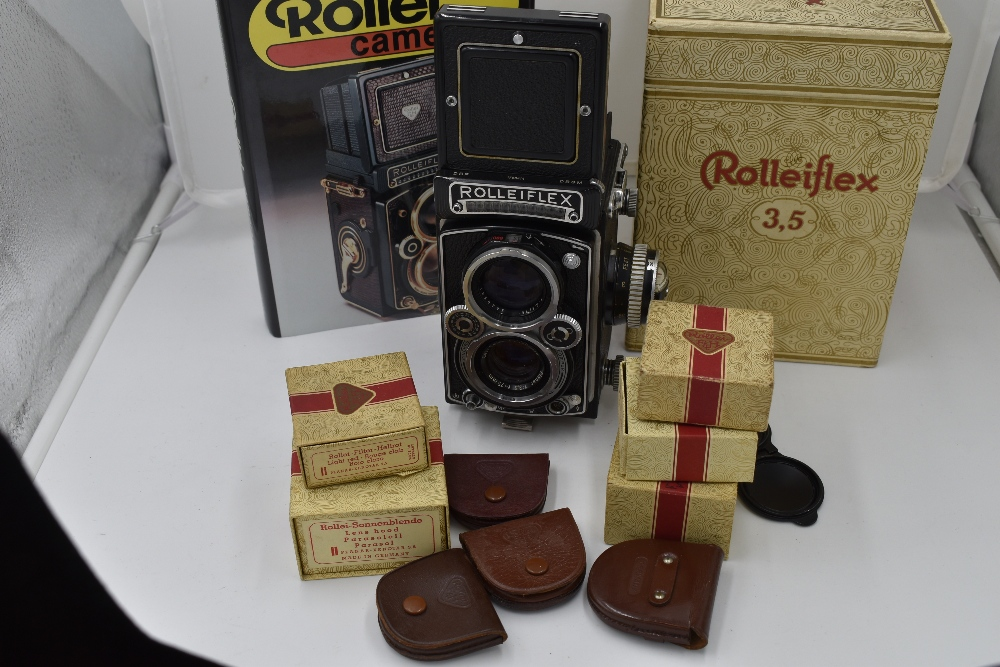 A Franke & Heidecke Rolleiflex 3,5E Type 1 reflex camera. No1780414 with Carl Zeiss Planer 1:3,5 - Image 5 of 6
