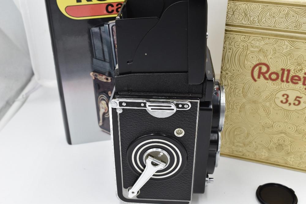 A Franke & Heidecke Rolleiflex 3,5E Type 1 reflex camera. No1780414 with Carl Zeiss Planer 1:3,5 - Image 4 of 6