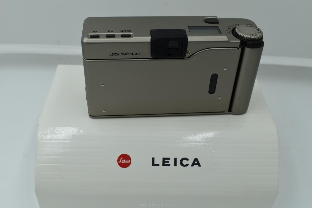 A Leica Minilux Compact Camera, titanium, serial no. 2145366, with Leitz Summarit f/2.4 40mm lens. - Image 2 of 2