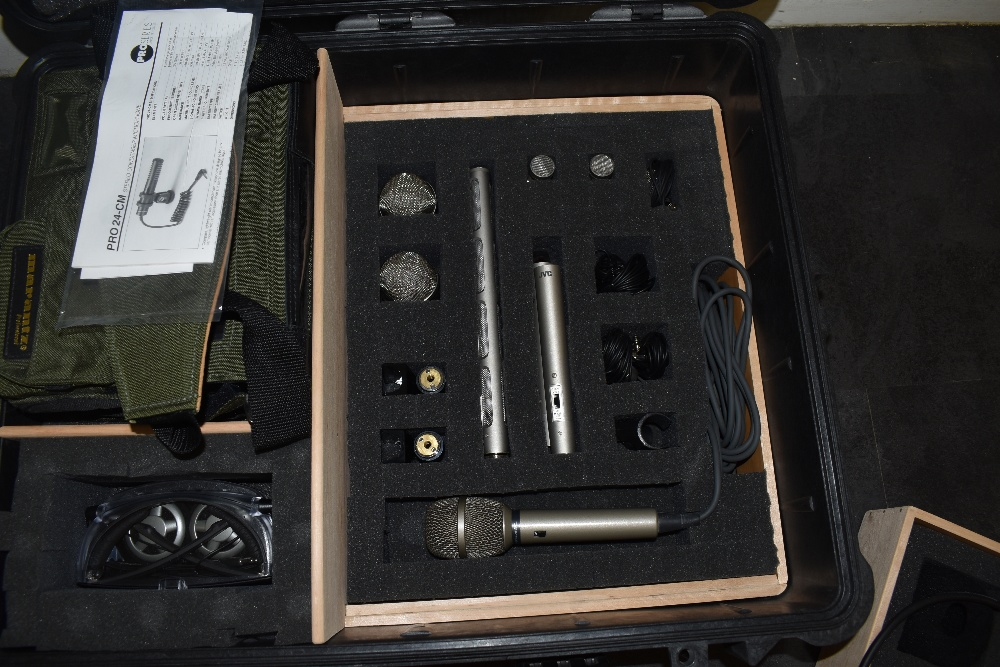 Two hard Peli 1600 cases of film sound equipment. In box one, a Marantz PMD671 professional Solid - Image 7 of 9