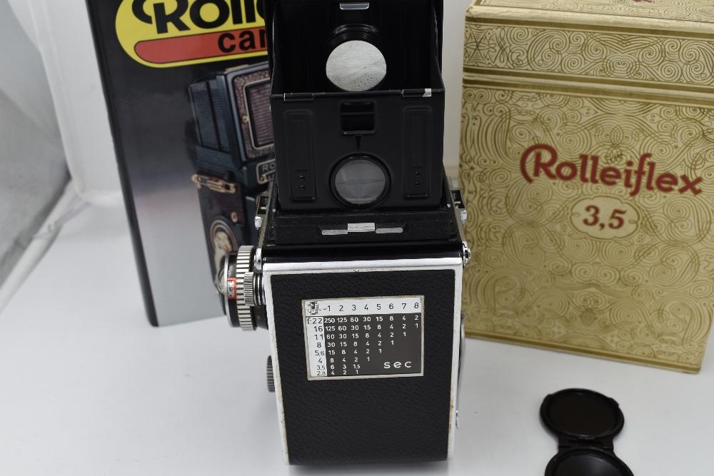 A Franke & Heidecke Rolleiflex 3,5E Type 1 reflex camera. No1780414 with Carl Zeiss Planer 1:3,5 - Image 3 of 6