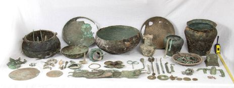 LARGE GROUP OF BRONZE OBJECTS From Etruscan to Roman Period