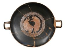 ATTIC RED-FIGURE KYLIX Attribuited to the Tarquinia Painter, ca. 470 - 460 BC
