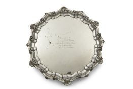 AN IRISH SILVER PRESENTATION SALVER, Dublin 1946, mark of West, of traditional Georgian style with