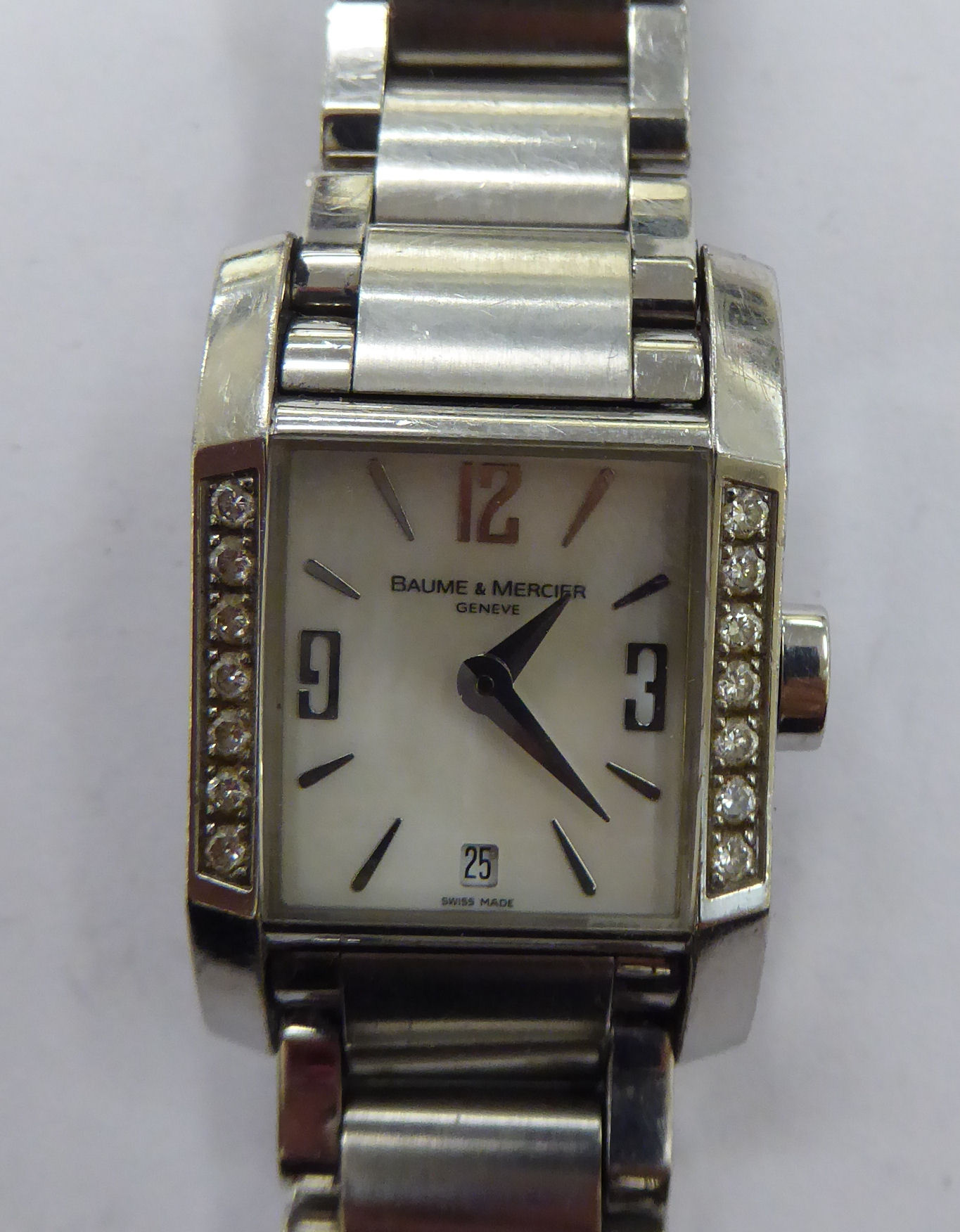 Lot 17 - A lady's Baume & Mercier stainless steel cased wristwatch,