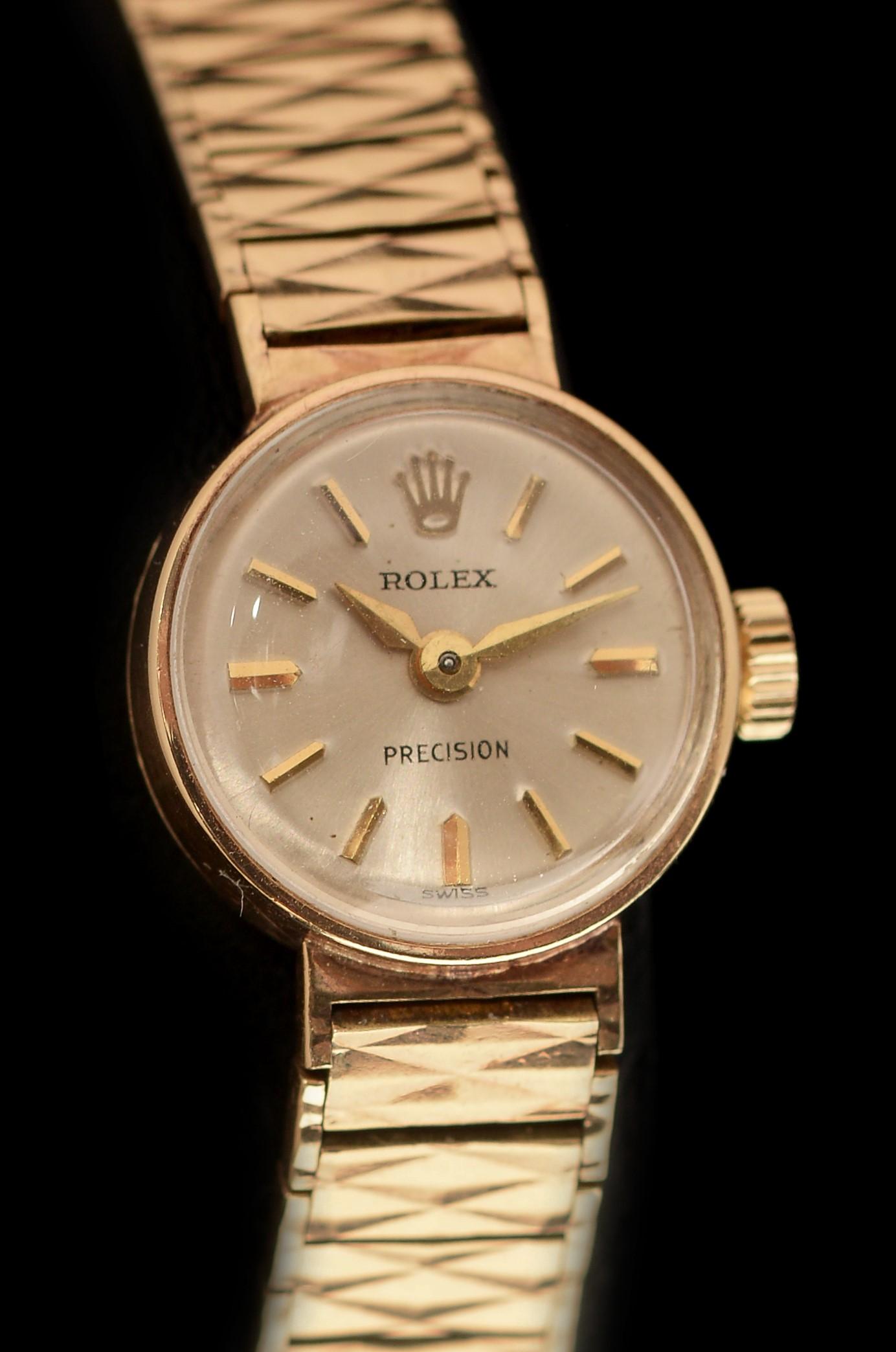 Lot 20 - 9k gold Lady's Rolex Precision cocktail watch