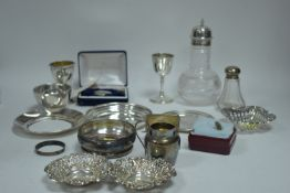 A selection of small silver items