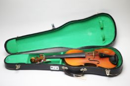 A Chinese Lark student violin