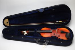 Intermusic student violin and bow