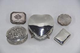 Victorian silver vesta case and four small boxes