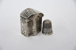 Dutch silver snuff box and thimble
