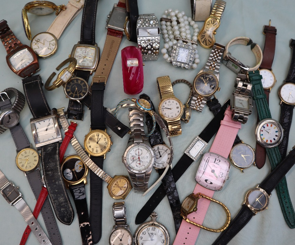 Lot 20 - An Exaequo softwatch together with a large quantity of Lady's and Gentleman's fashion wristwatches,