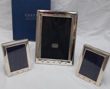 A modern silver photograph frame of rectangular form, Sheffield, 2000, 18.5cm x 13.
