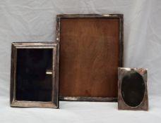 A George V silver photograph frame of rectangular form, Birmingham, 1923,