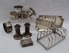 A George V silver six division toast rack, Sheffield, 1928, Mappin & Webb,