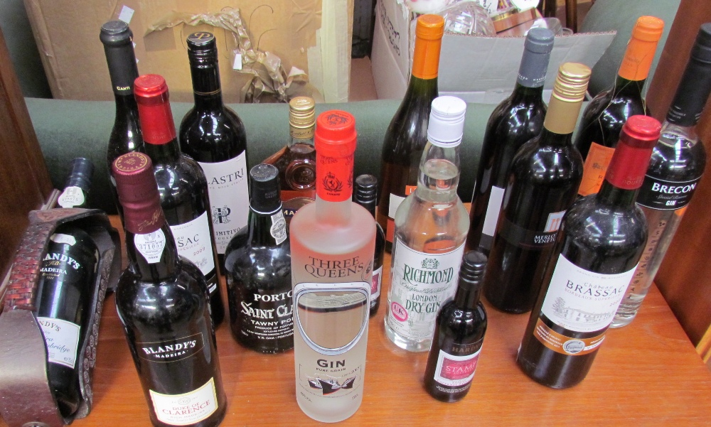 Lot 43 - Cunard's Three Queens Gin, together with other Gins,