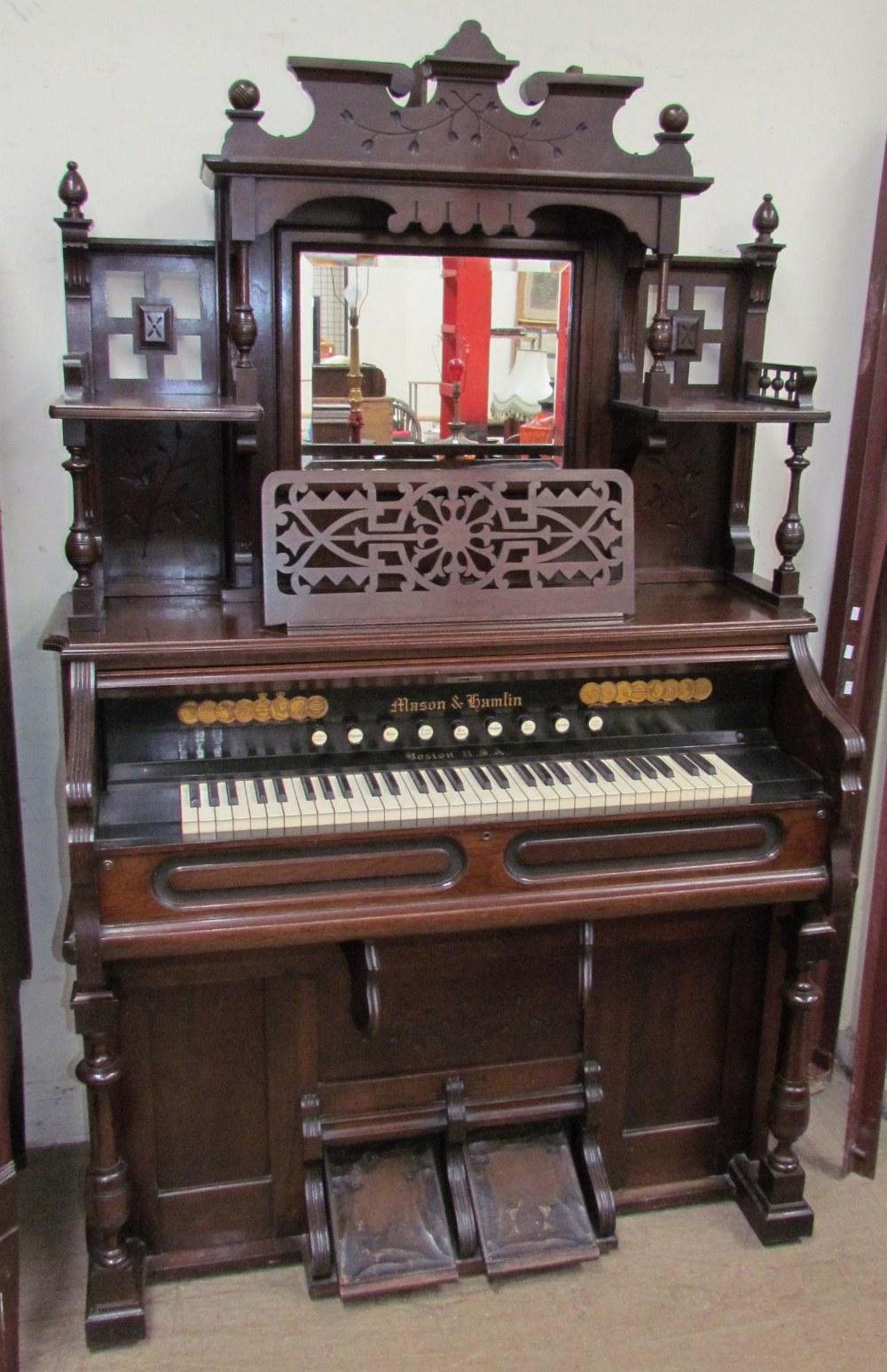 Lot 7 - A Mason & Hamlin harmonium,