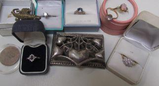 A paste set ring,