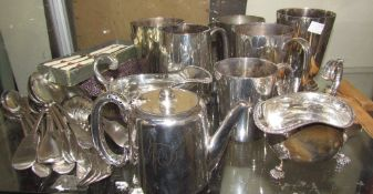 Assorted electroplated wares including tankards, sauce boats,
